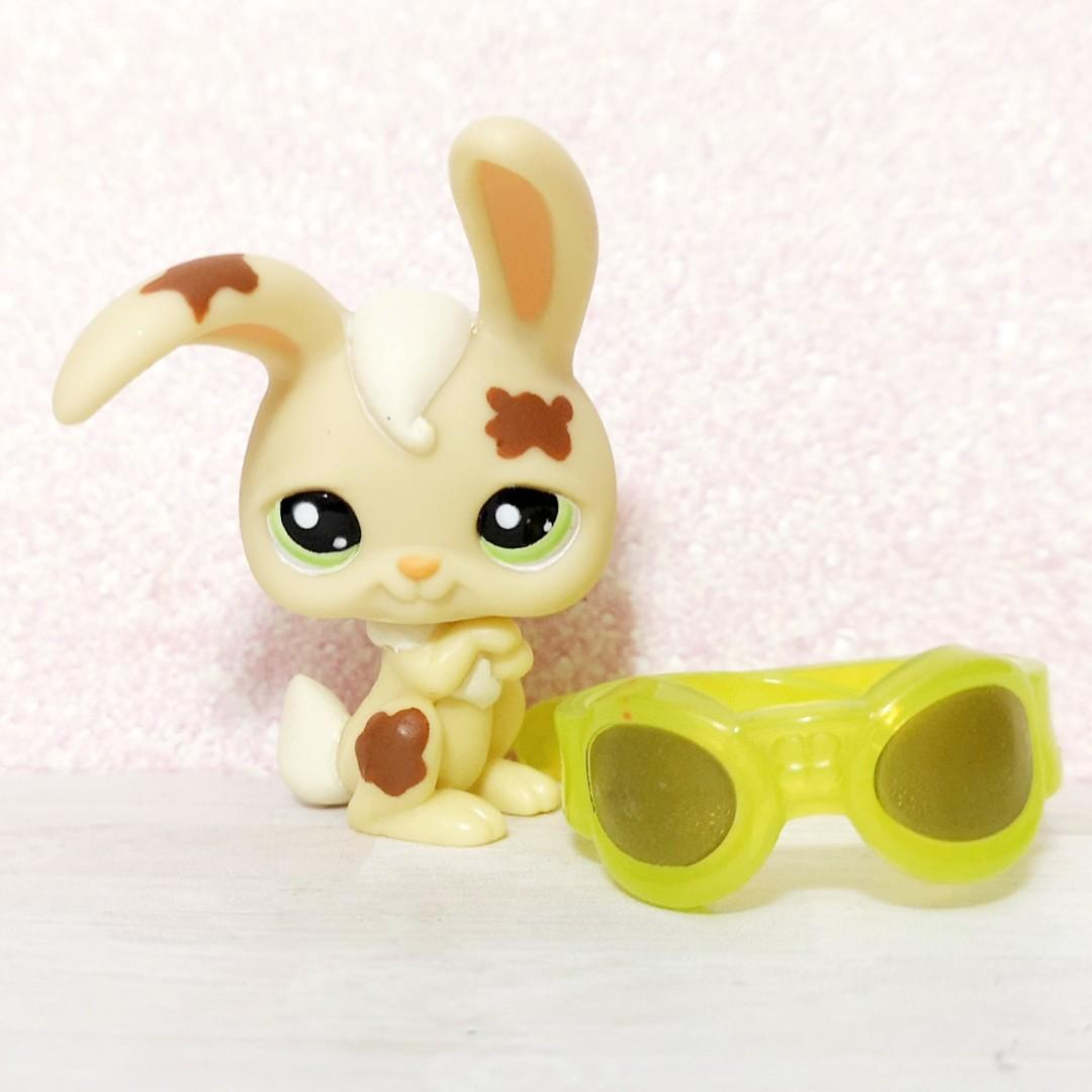 Littlest pet shop lps bunny rabbit with goggles