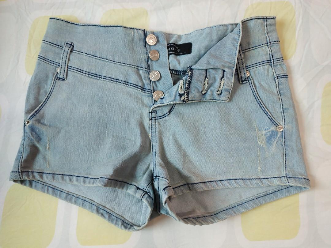 Queen shop 排釦高腰短褲