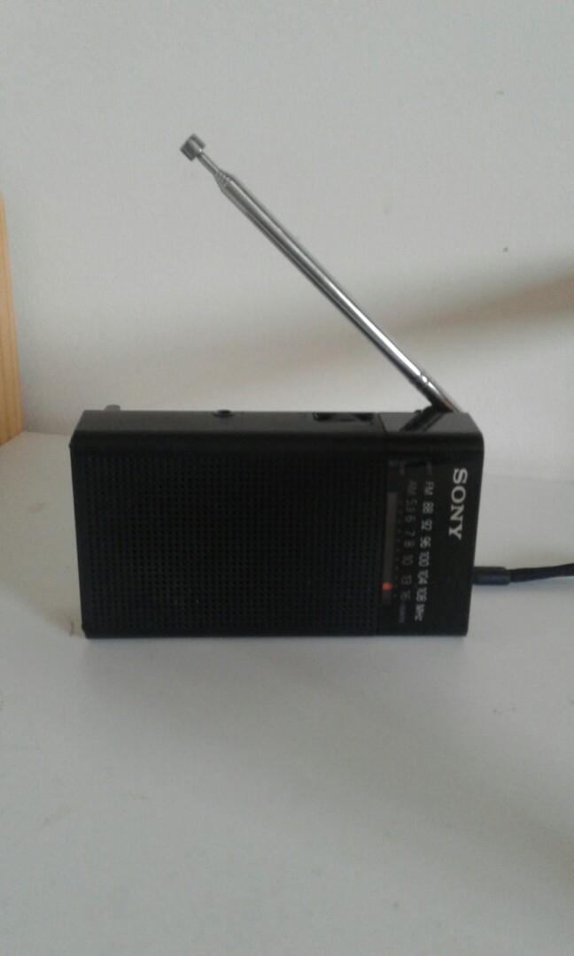 Sony portable Radio AM / FM runs on batteries. Great for  camping