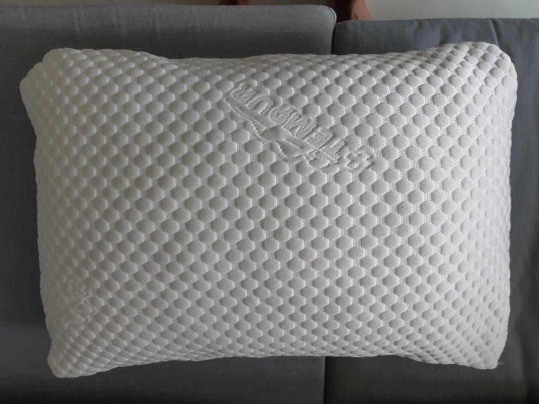 Tempur Ergonomic Pillows (set of 2 pillows)