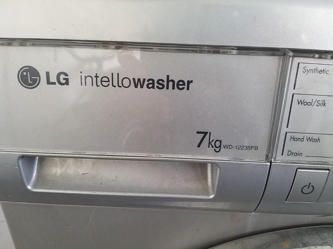 Washing Machine Front load, 7kg , WD 12235FB, UESD
