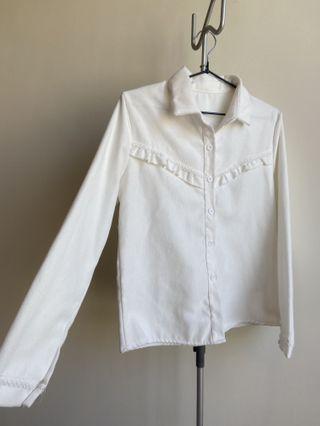 白色厚襯衫
