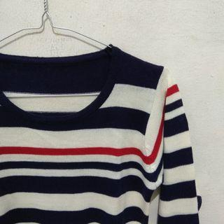 blouse rajut stripe