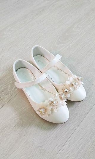 近全新女童公主淑女鞋 米白 34碼
