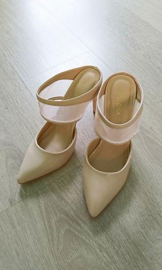 全新ZALORA粉膚色高跟鞋