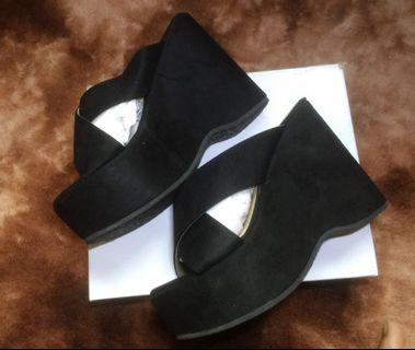Wedges by Theflickstore