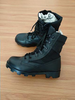 Boots no brand kulit asli
