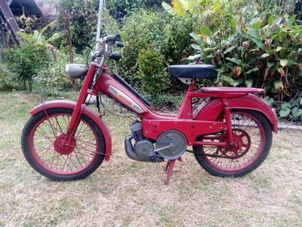 Mobylette - ENGINED BICYCLE / MOTORCYCLE