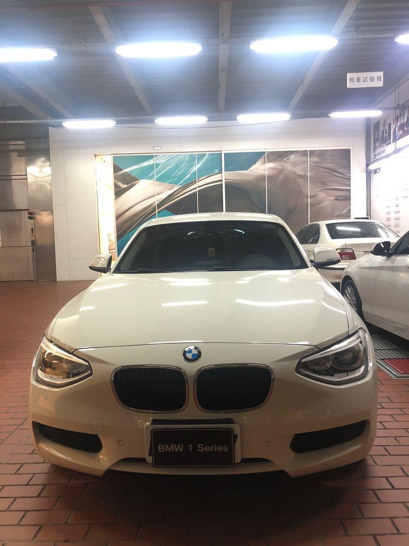 2015 BMW 純正後驅掀背車116i