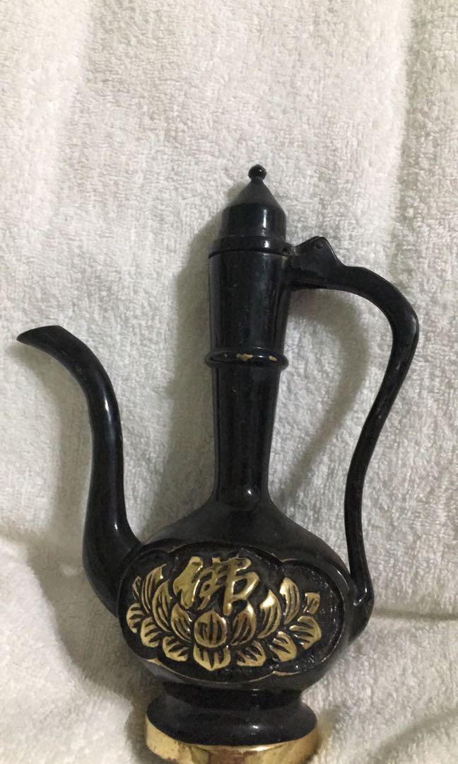 銅壺,20.5*14.5公分(把手至壺嘴寬度)