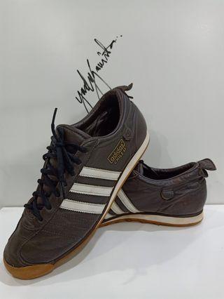 Adidas Chile 62