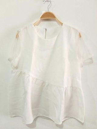 White top | white blouse