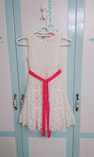 二手安妮公主米色蕾絲禮服 洋裝 保存良好