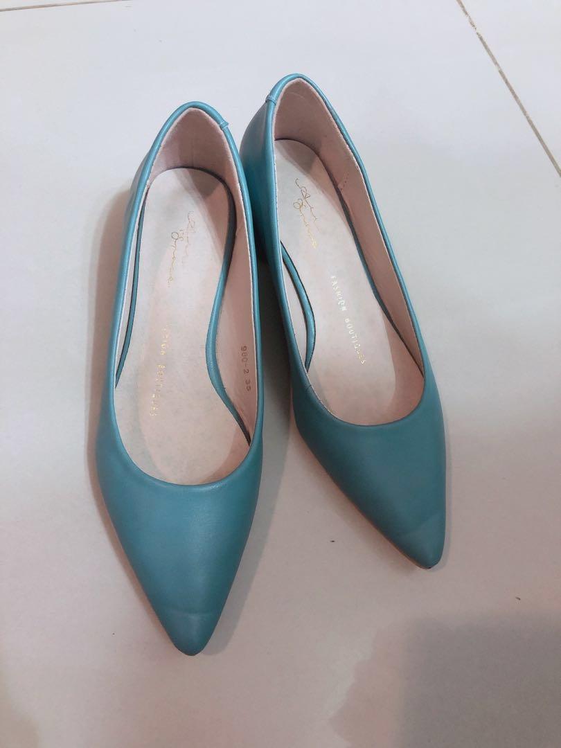 正韓!很貴的質感藍色中跟鞋高跟鞋