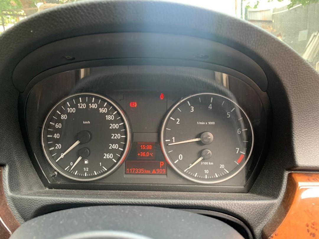 BMW 330i 2006年 藍色