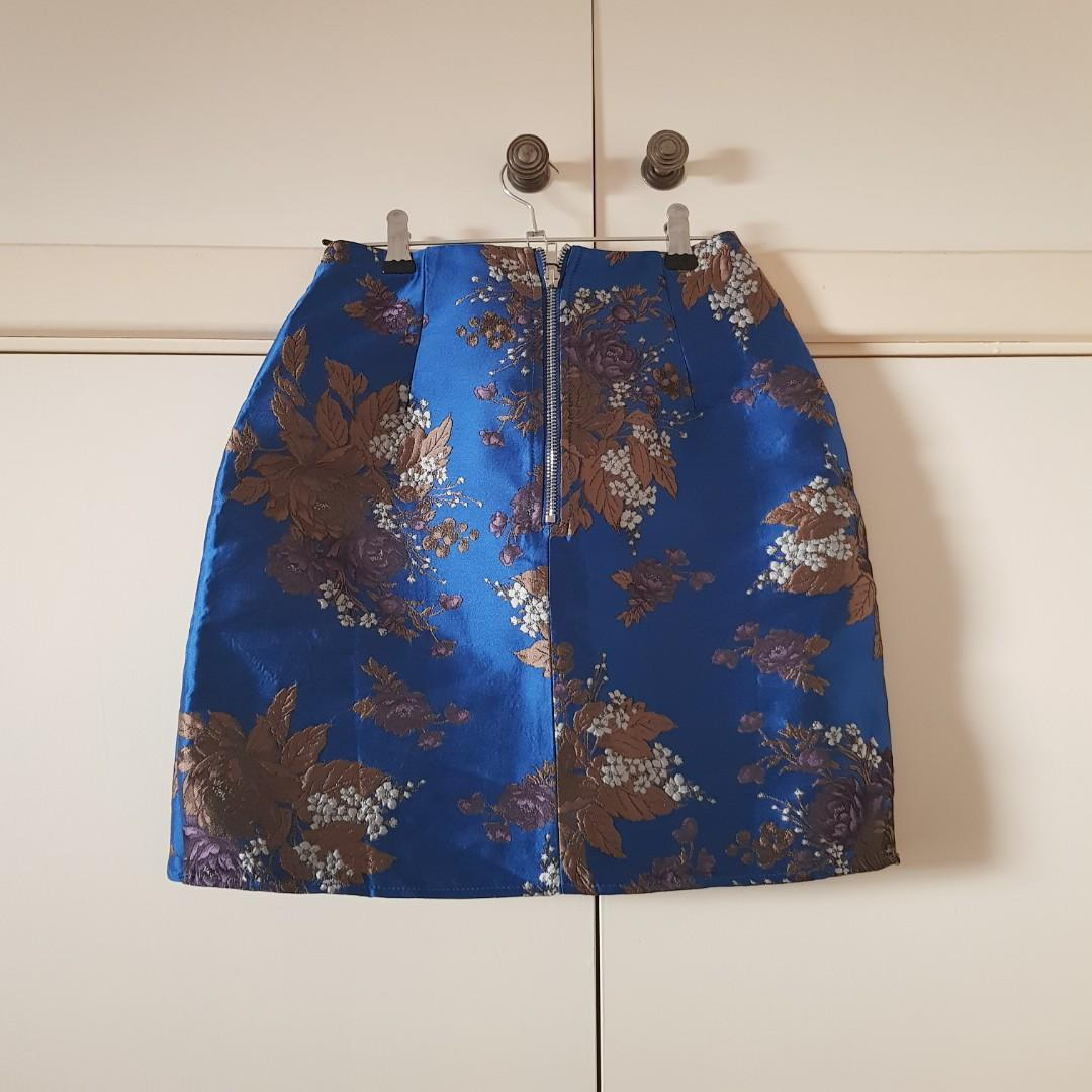 BNWT Missguided Blue Asymmetrical Jacquard Floral Skirt Size S/8