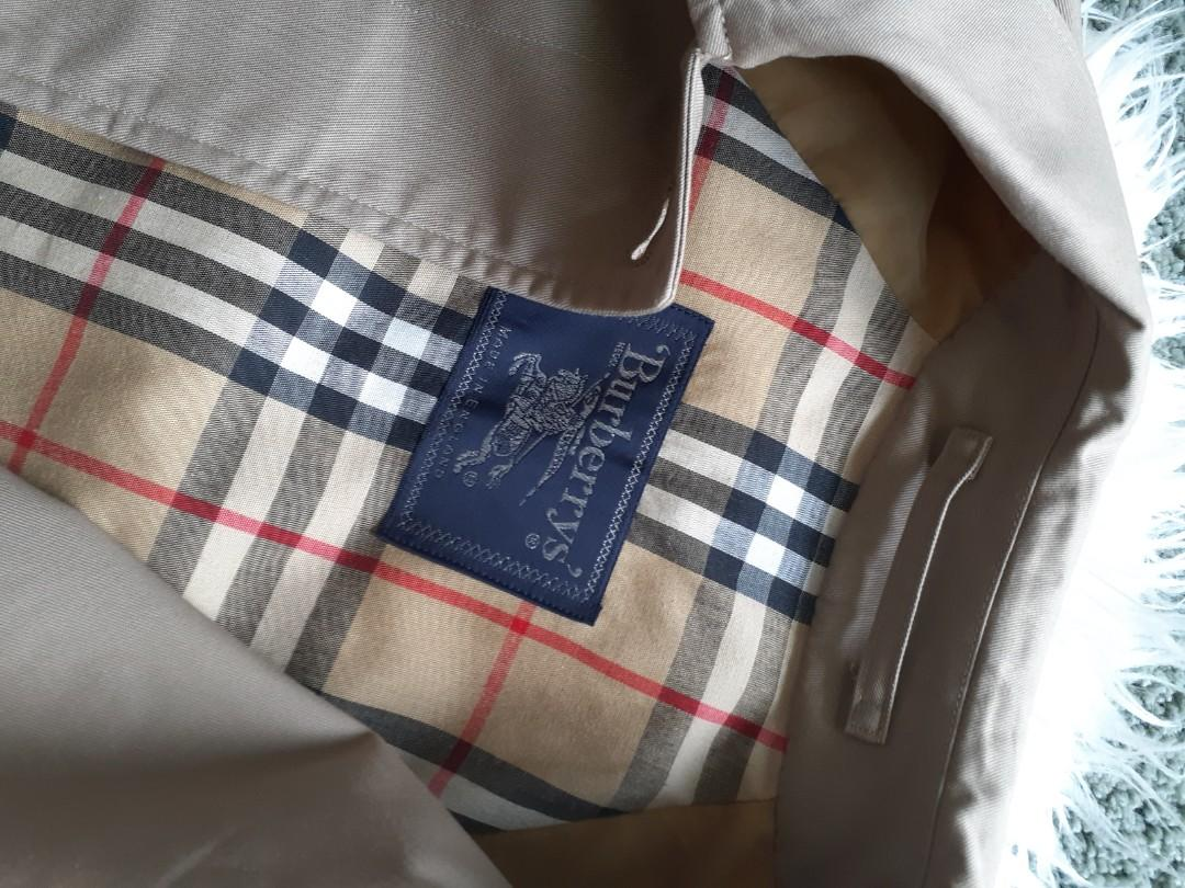 Burberry Vintage Trench