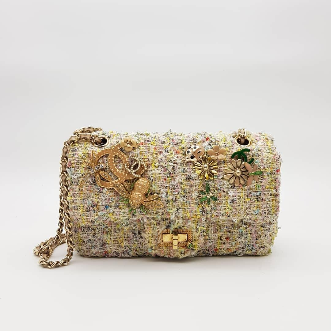 Chanel S/S 2011 Limited Edition Tweed Garden Party 2.55 Reissue Flap Bag 224