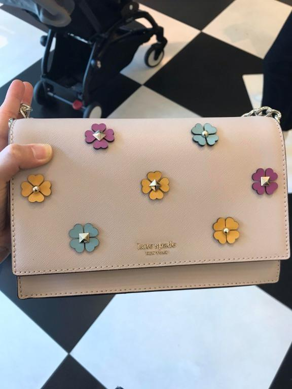 KATE SPADE CAMERON SPADE FLOWER APPLIQUE CONVERTIBLE CROSSBODY IN WARMBEIGE WKRU5982
