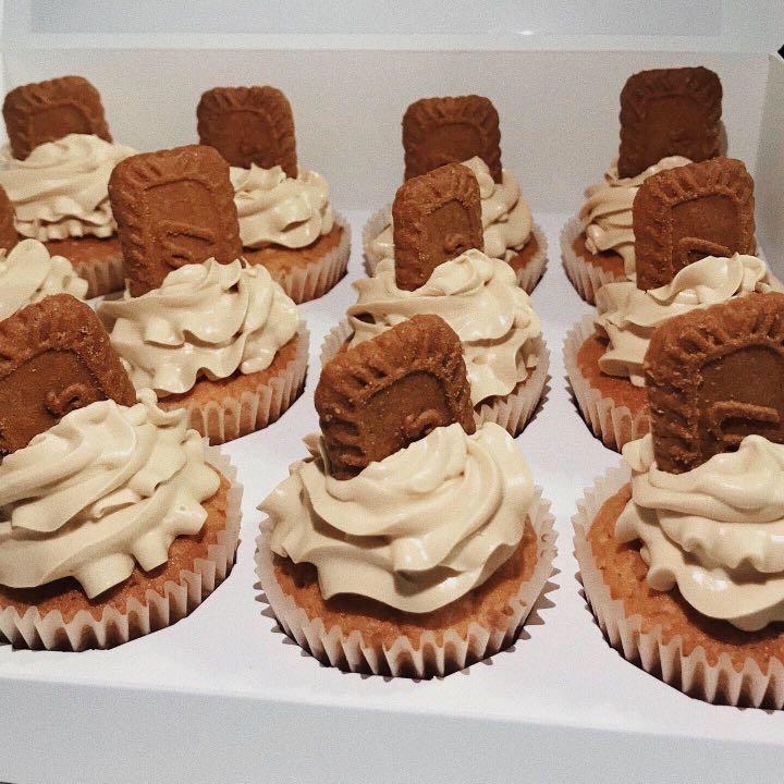 Lotus Biscoff Cupcake / Cake