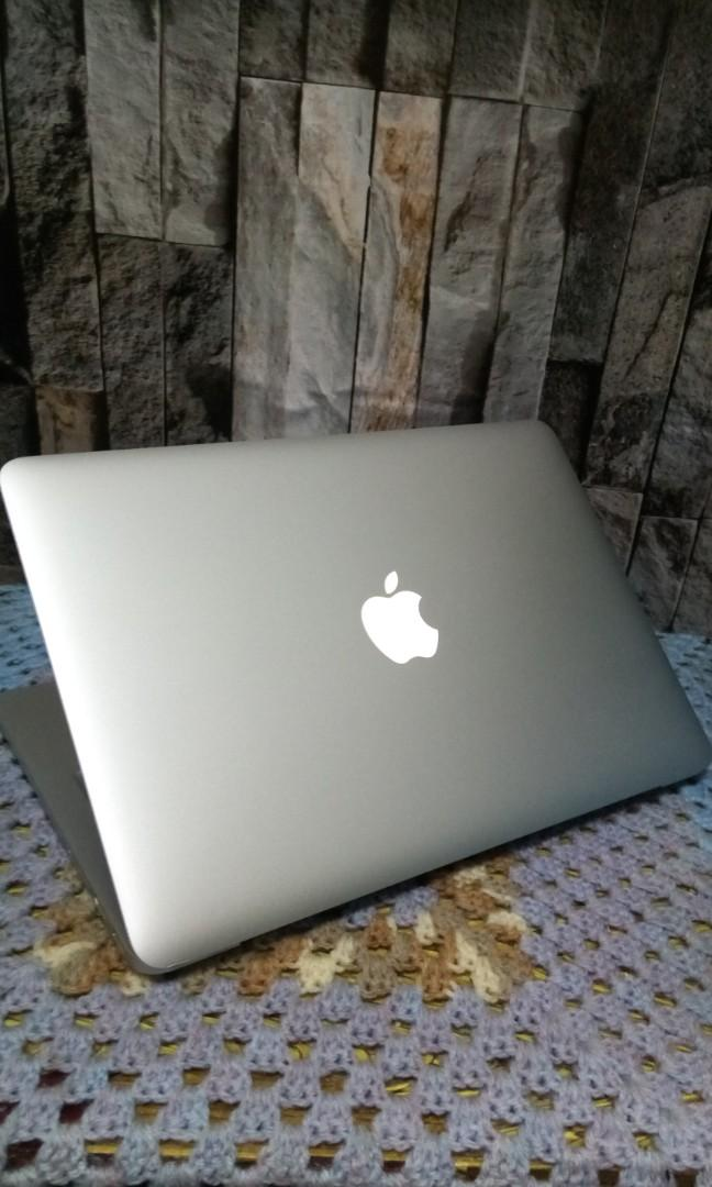 Macbook pro Retina A1502 Late 2013 i5 4th gen Ram 4gb Ssd 128gb with longlife battery size 13.3inch