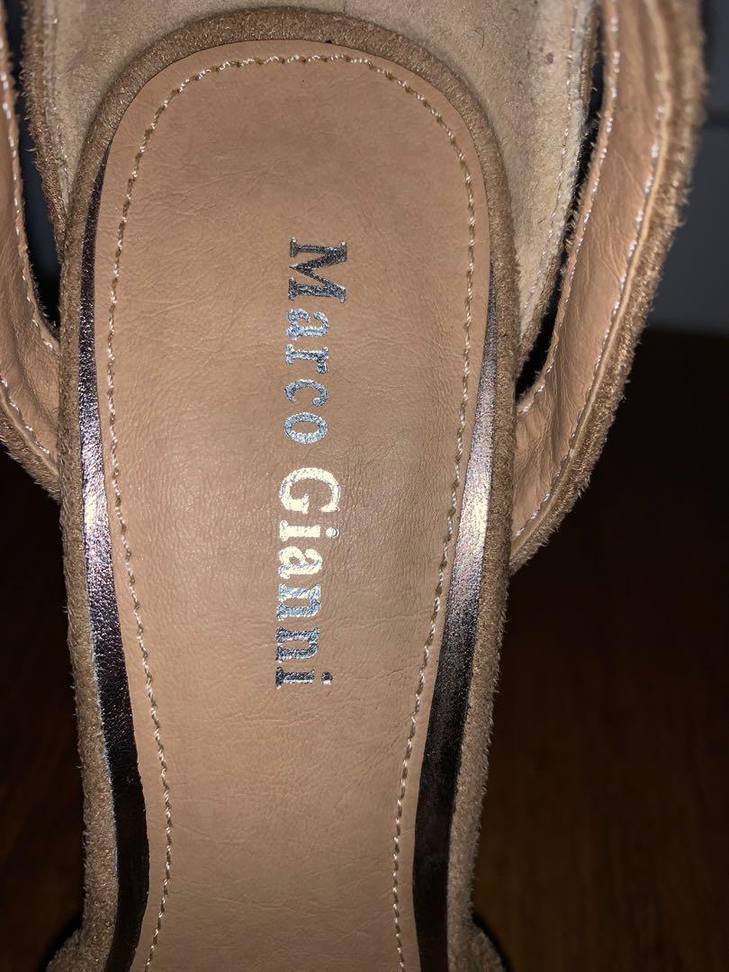 Marco Gianni beige suede platform heels Size 37 (7-8)