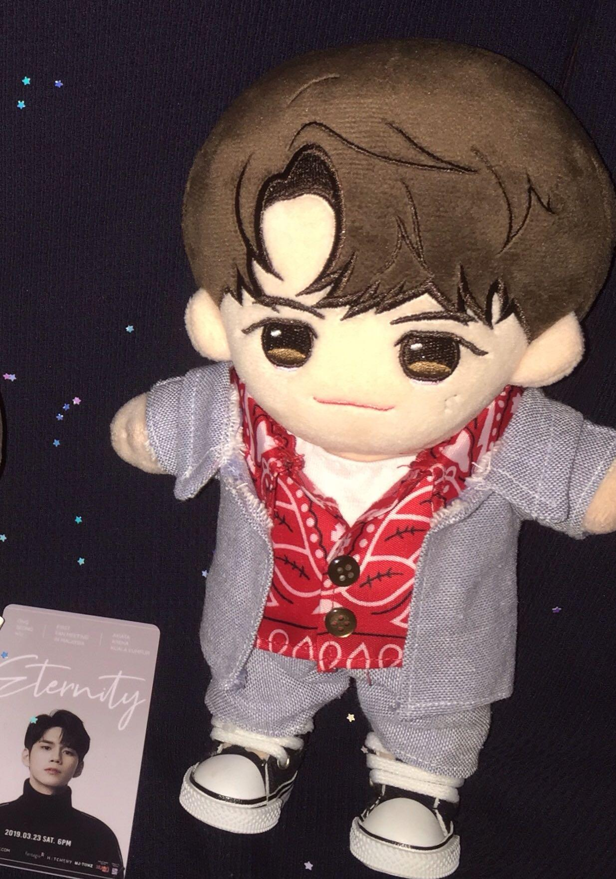 [WTS] 20cm Doll Clothes Ong Seongwu Inspired