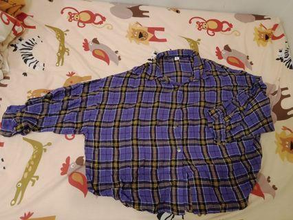 紫色蝙蝠袖襯衫