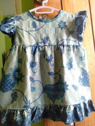 Baju batik anak