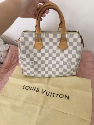 Louis Vuitton Speedy 25 Authentic