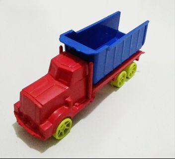 KONDISI BARU!! Mainan mobil truck