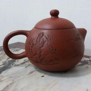 羅榮輝茶壺/一直收藏著,沒用過,歡迎收藏。