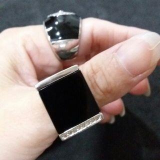 黑瑪瑙方型18KRGP戒指(內徑1.85cm)/黑瑪瑙圓型925純銀戒指(1.8cm)意私