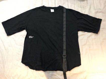 B-side 黑色上衣