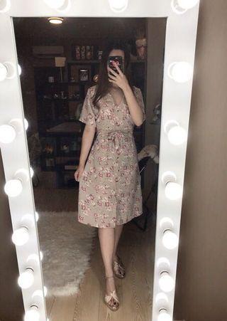 HILARY BUTTON DRESS (CREAM)