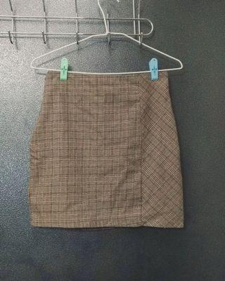 水水🙋格紋窄裙