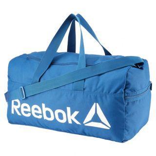 """ACTIVE CORE MEDIUM GRIP "" Reebok 全新 水藍色 藍色 M 行李袋 旅行袋 肩背包 運動包 健身包 訓練包 裝備袋 DN1522"