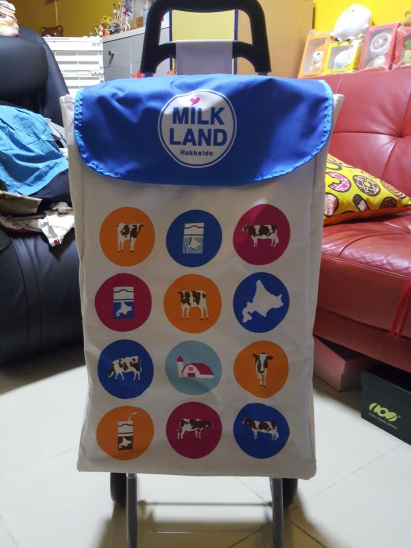 北海道3.6牛奶購物車全新