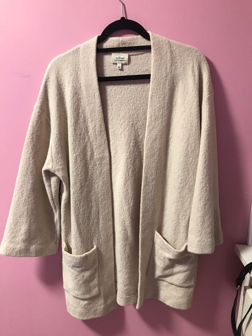 Aritzia Brullon Sweater in Heather Bone Size Small