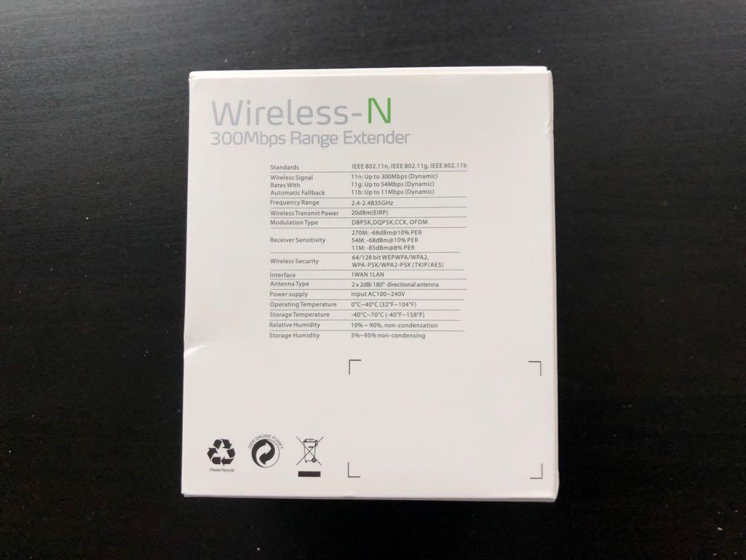 Brand new wifi extender 300 mbps 2.4 GHz wifi booster