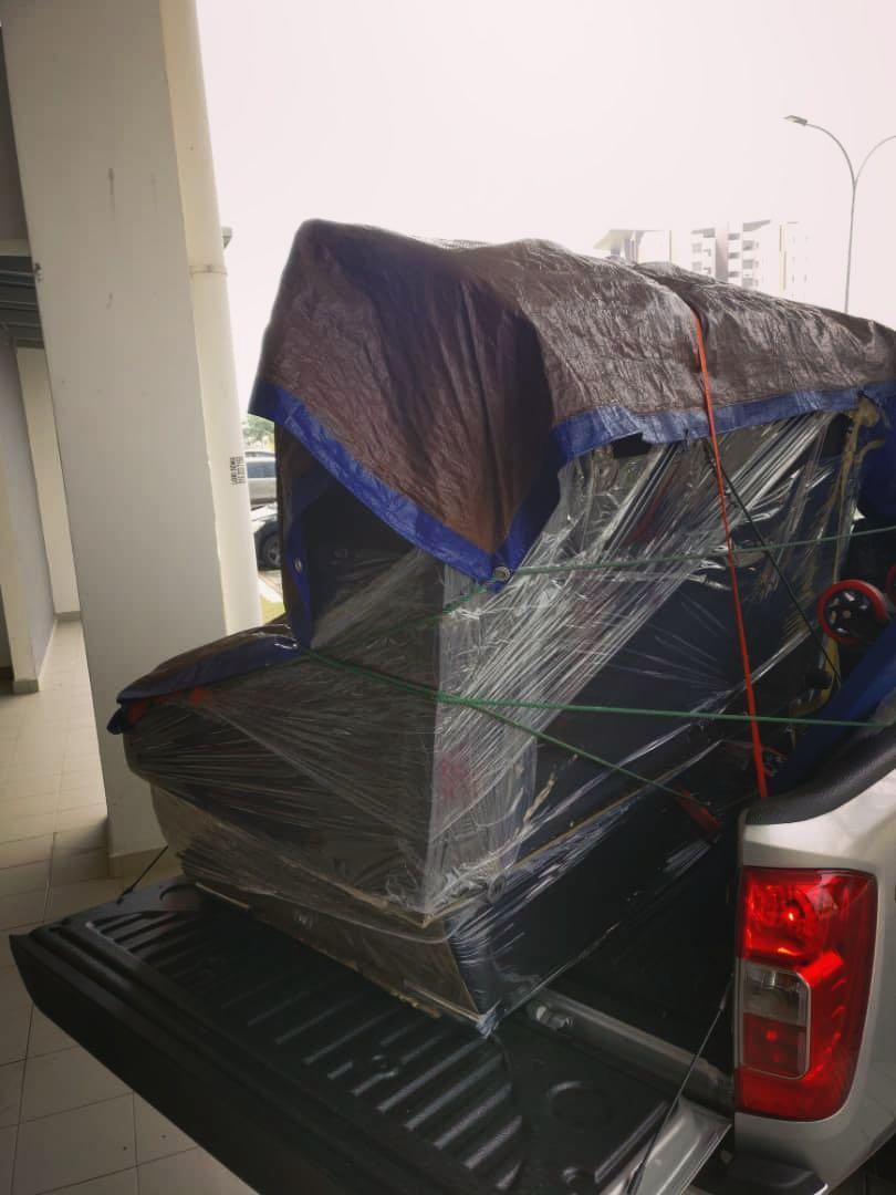 Delivery, movers, transport dan servis penghantaran motor, perabot dan pelbagai barangan.