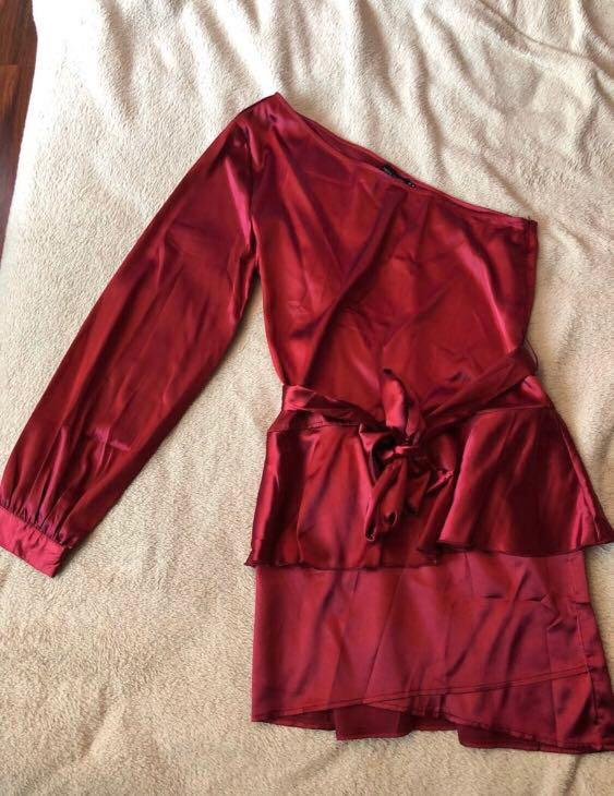 Pretty little thing one shoulder burgundy satin dress