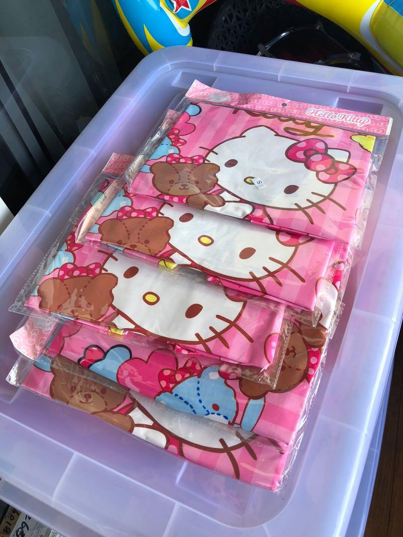"""Super Adorable❗️🥰luggage protector cover🥰Size S for 19-21"""", M for 22-24"""", L for 24-26"""". Stretchable & washable❗️selling at $15, $16, $17 respectively👌🏻"""