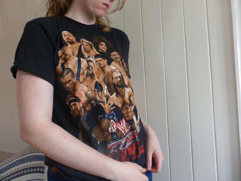 Vintage-Style 2009 Official WWE Australian Tour T-Shirt