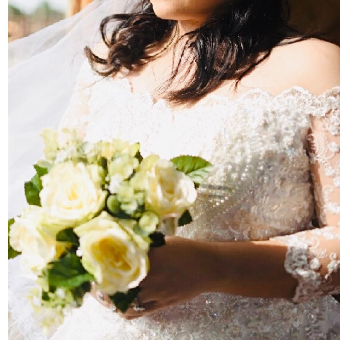 Wedding Gown Preloved With Free Fake Bouqet And Tiara On Carousell