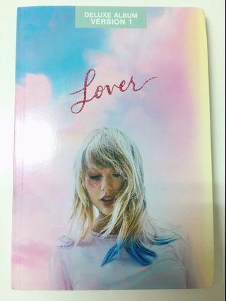 Taylor swift泰勒絲 Lover 豪華書冊版1