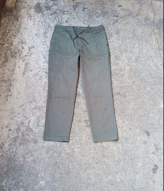 Uniqlo Chino pants Size 32-33