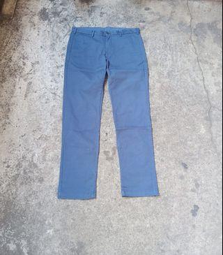 Uniqlo Chino pants Size 34- 35