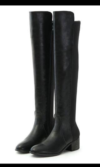 D+AF.彈力布拼接低跟膝上長靴