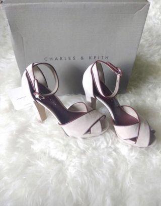 Sale Charles & Keith Heels original